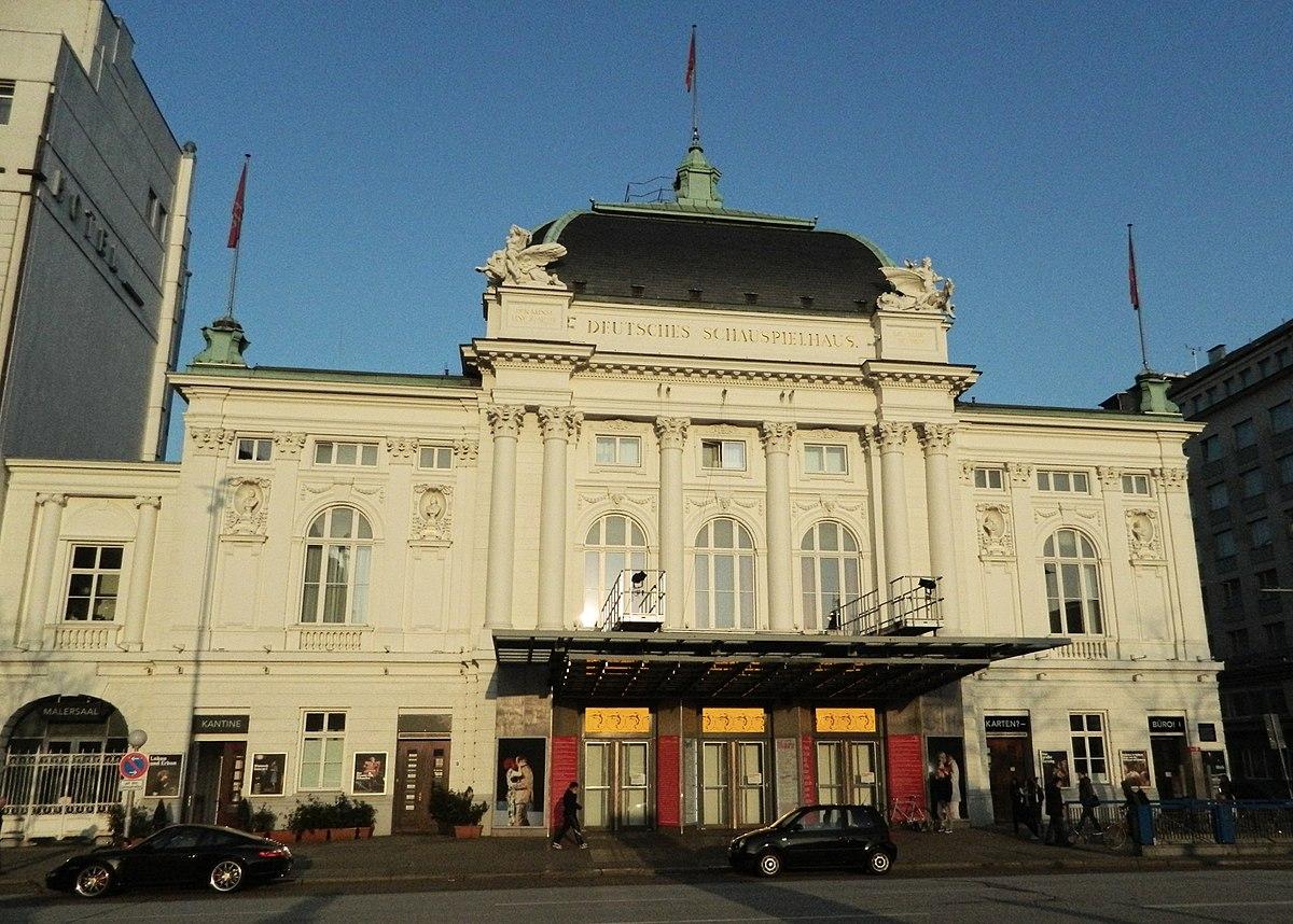 Das Deutsche Schauspielhaus bei Tag