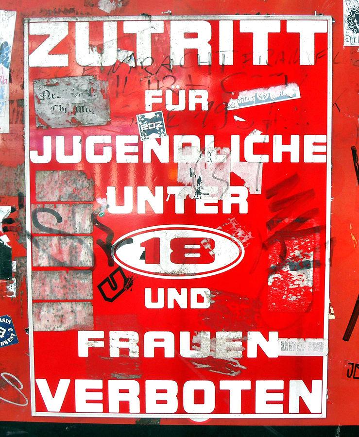 Warnhinweis an der Herbertstraße