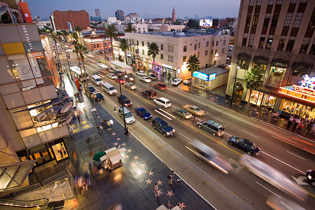 Der Hollywood Boulevard am Abend